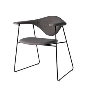 Masculo Dining Chair Sled base fully uph. Crisp #4022 주문 후 4개월 소요
